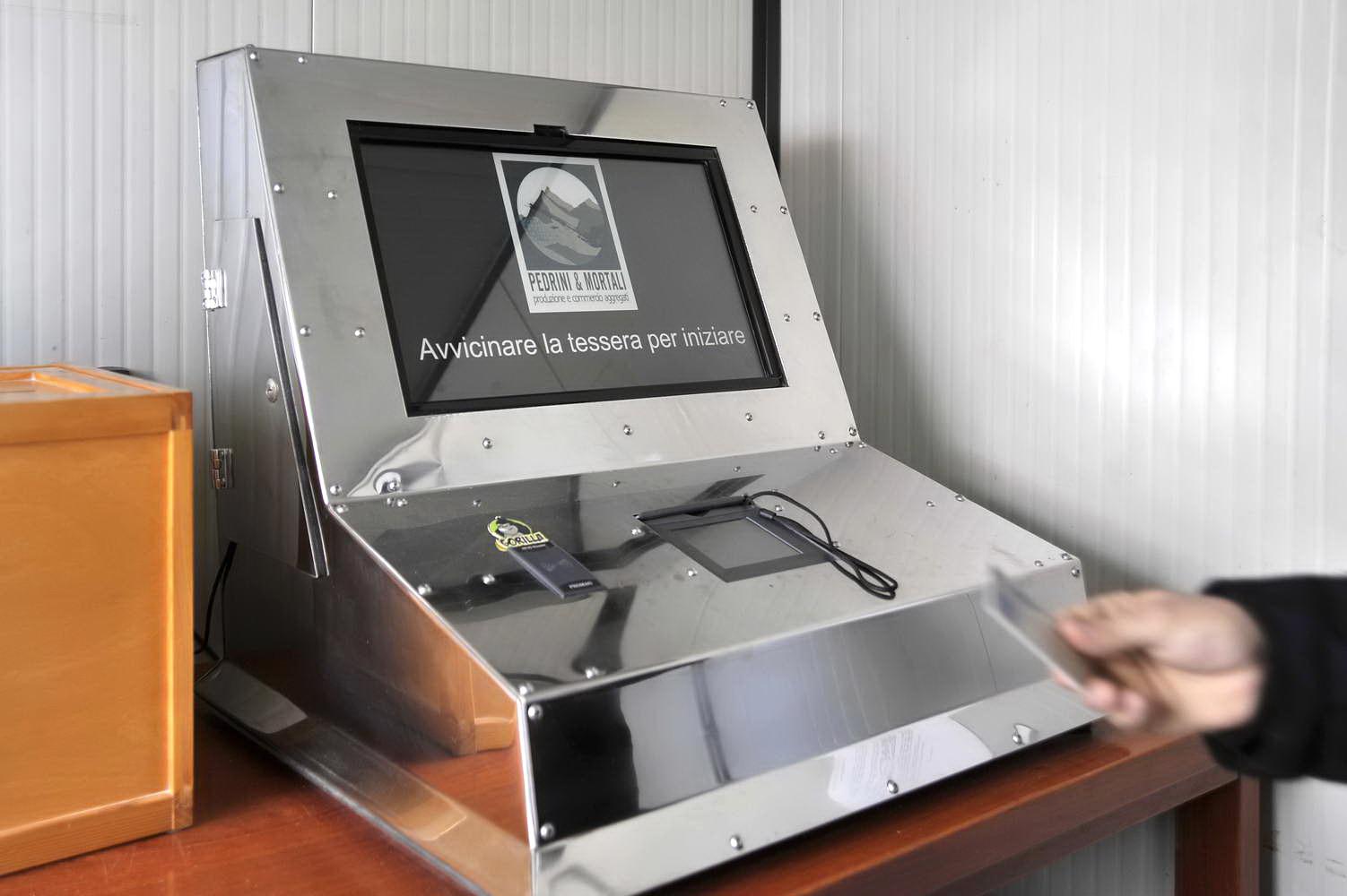 Sistema di pesatura informatizzato foto azienda 75