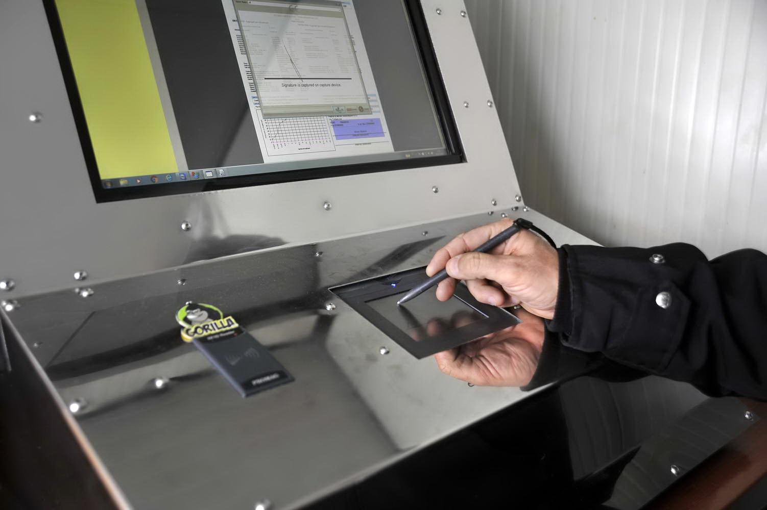 Sistema di pesatura informatizzato foto azienda 81